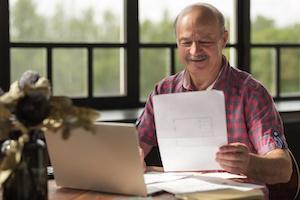 Haus verkaufen - Käufer finden und Vertrag abschließen