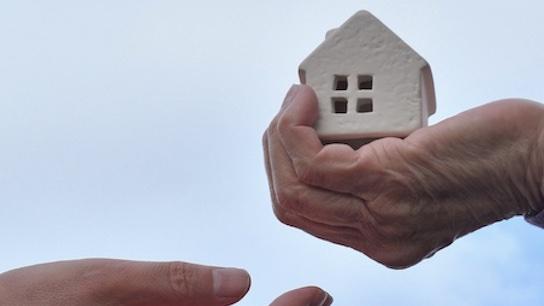 Immobilie Schenkung Übertragung